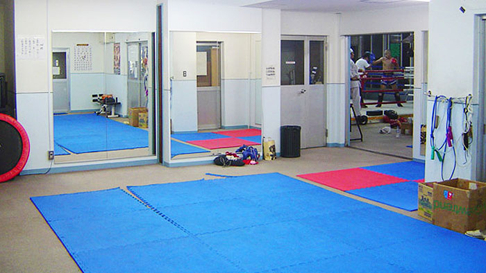 大阪のキックボクシングの誠至会の館内紹介3